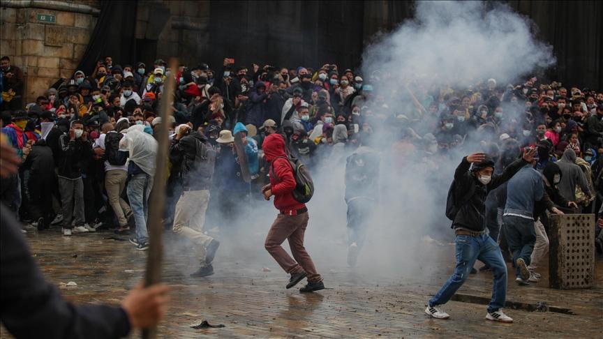 Colômbia: Governo não pode capitular perante o terrorismo